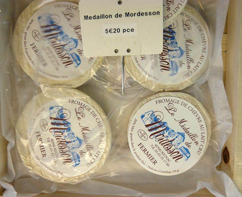 Le Médaillon de Mordesson Chèvre fermier au lait cru. 46500 Rignac