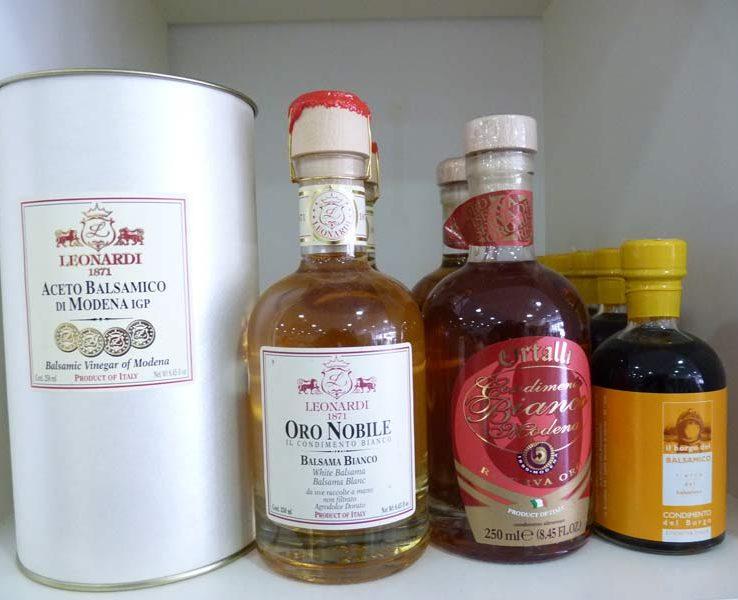Vinaigres balsamiques Mazzetti l'originale, aceto balsamico di Modena + Condimento Corte Campi Macri Balsamico Leonardi