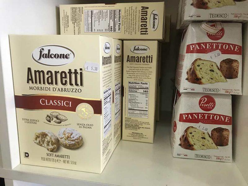 Amaretti Morbidi d'Abruzzo Classici et Panettone Piselli