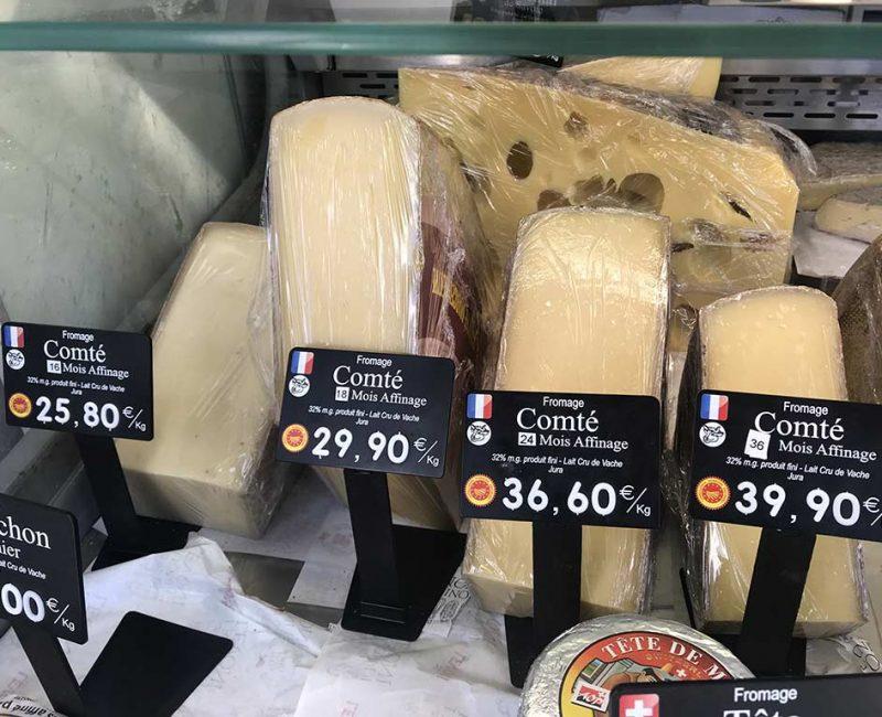 4 Comté AOP au lait cru de vache, Jura. 16, 18, 24 et 36 mois d'affinage