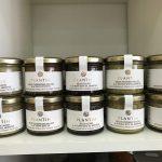 Délices de pois chiches, d'aubergines grillées, d'olives, d'arsperges, d'artichauts à la truffe d'été